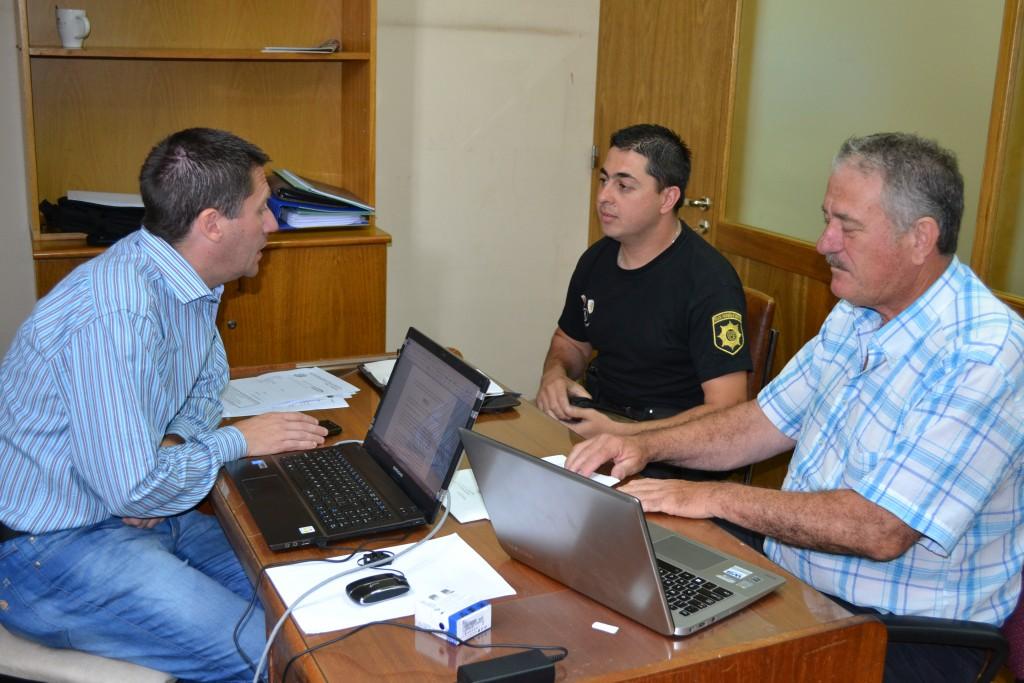 Censi se reunió con el jefe de Comando Radioeléctrico