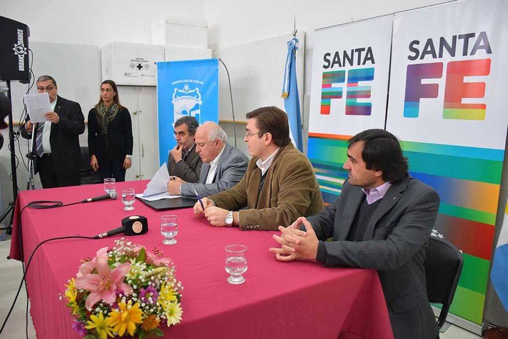 Municipio y Provncia firmaron convenio para 40 viviendas en Casilda