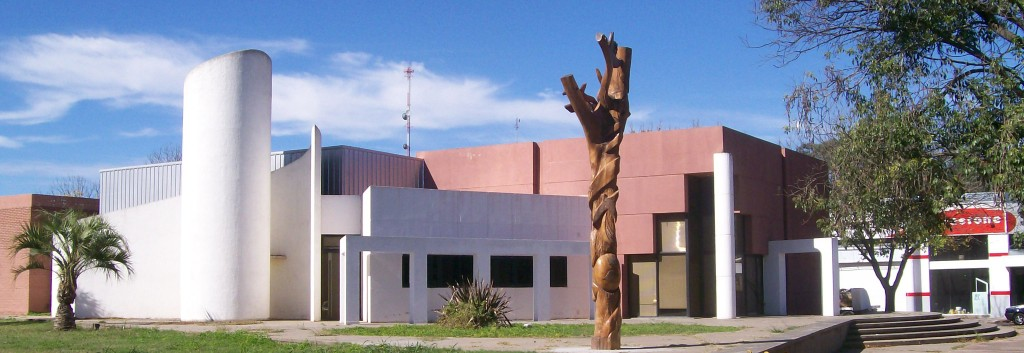 FRENTE MUSEO