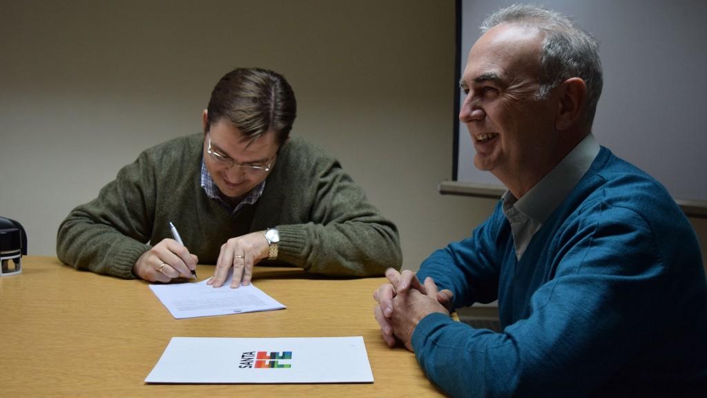 Sarasola firmó convenio para colaborar en controles a transporte de pasajeros